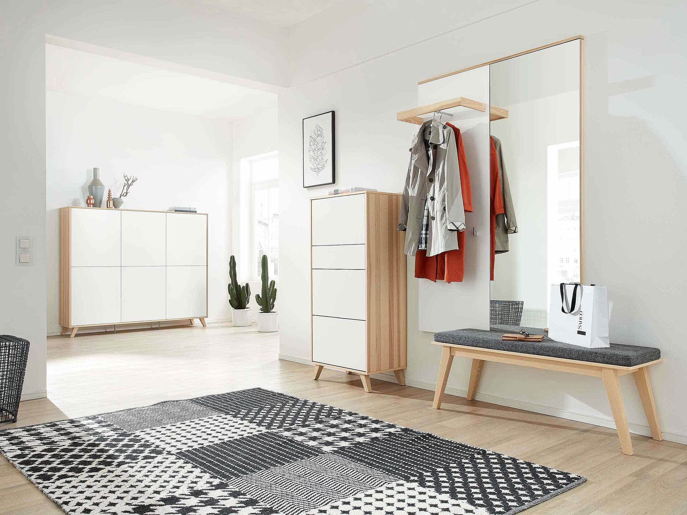 Schuhschrank Sitzbank Spiegel Garderobenpaneel Garderobe Deviso Lack weiß