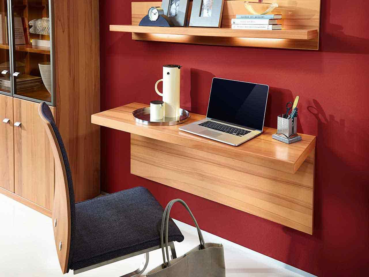 Schreibplatz Stuhl Vitrine Wohnzimmer Cento